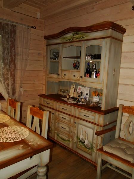 Rustykalna łazienka Z Drewnianymi Meblami Pictures to pin on Pinterest